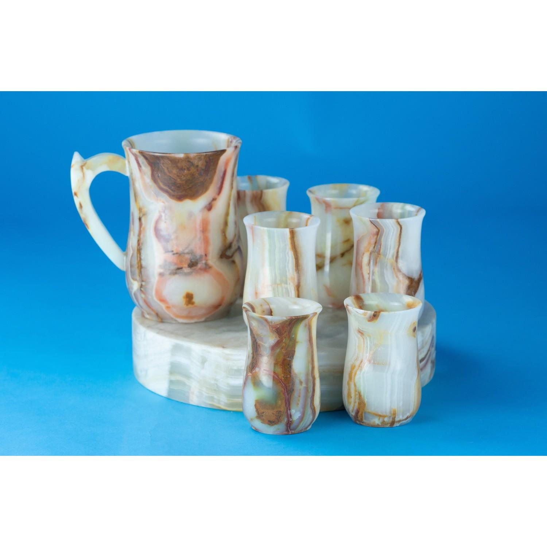 Комплект от кана и шест чаши от оникс